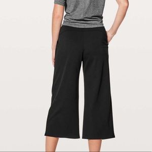 NWT Lululemon Can You Feel The Pleat Crop